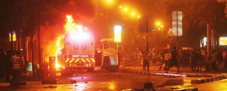 Little India Riot Highlights Ethinic Divide in Singapore