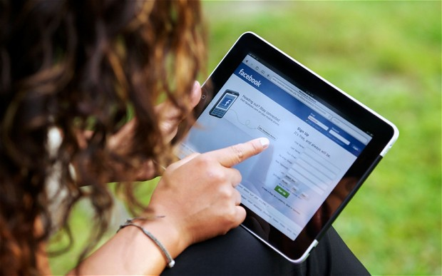 Eating Disorders Linked to Facebook