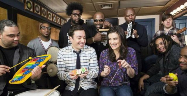Jimmy Fallon The Roots and Irina Menzel Perform Let It Go (Videos)