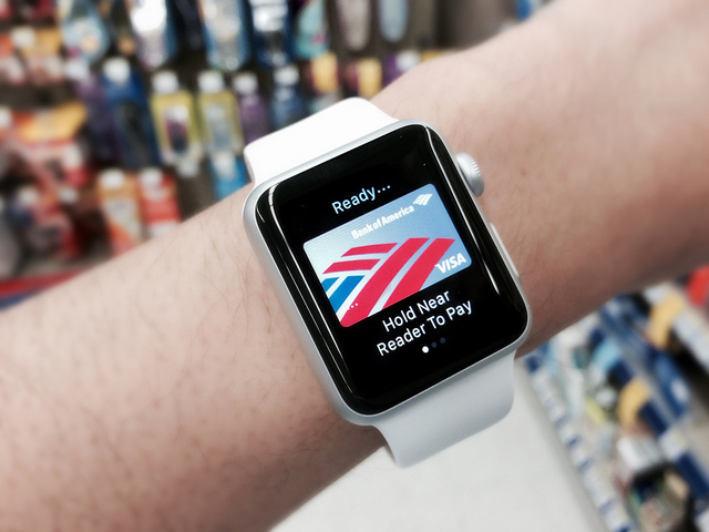 Apple Pay Expands With Rewards Program