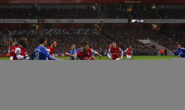 Chelsea Beat 9 Man Arsenal 2-0