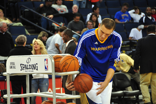 Golden State Remains Perfect in Historic Start to Season