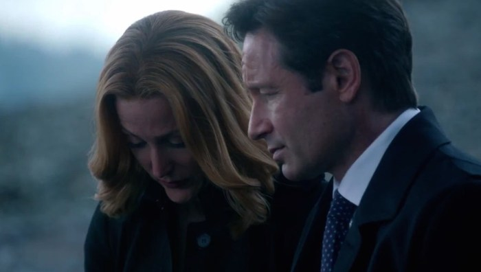 'The X-Files' Revival Series Revisits Unresolved Issues [Review]