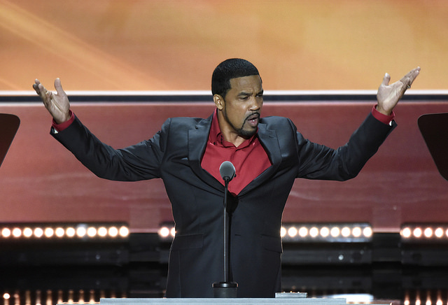 Did Pastor Darrell Scott Lie or Merely State Alternative Facts? [Video]