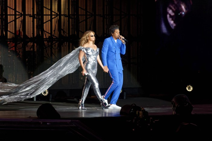 Beyonce and Jay-Z  Challenge – Try Veganism