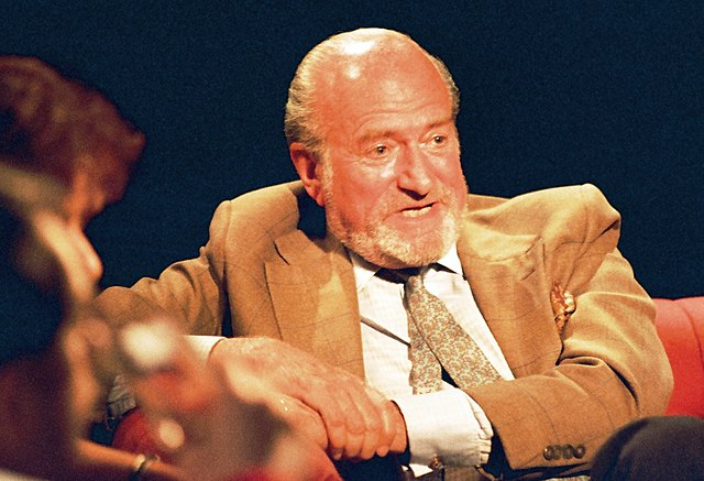 Claus Von Bulow Acquitted of Murdering His Wife Sunny Dies at 92