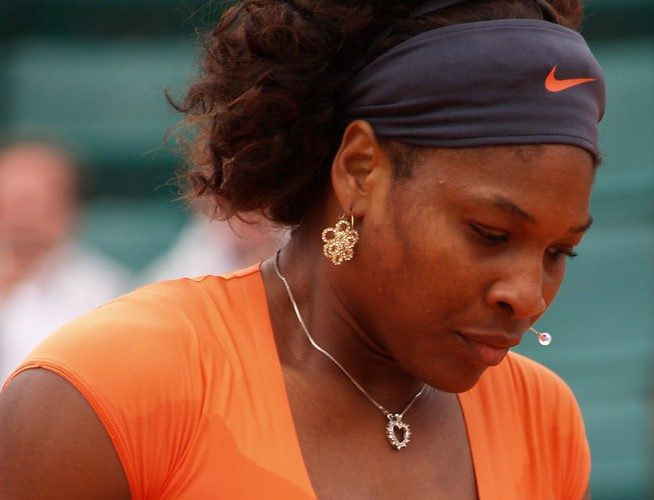 Serena Williams Hobbles Out of French Open [Video]