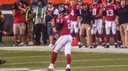 NFL: Atlanta Falcons Exemplifies Freedom After Entire Team Is Vaccinated
