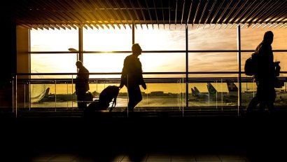 airport-1822133_960_720_d_850
