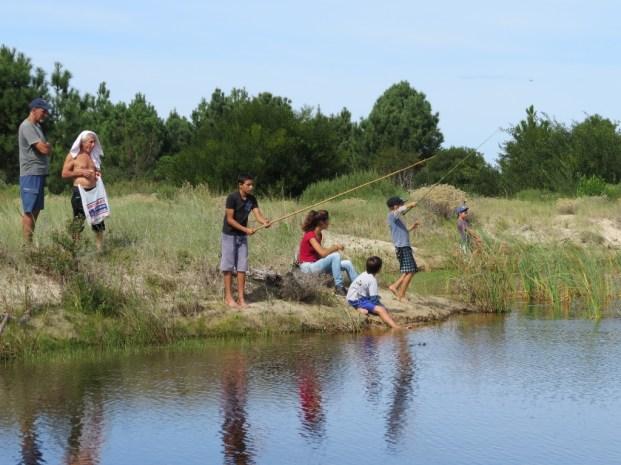 Pescando tranquilos en el lago