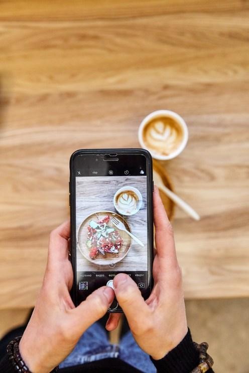 фото, кофе, инстаграм, фотографирует, кахви и салатти, кафе, кофейня, петрозаводск, ленина 24а, кофе, еда с собой, kahvi & salaatti