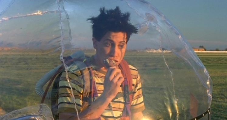 мальчик в пузыре