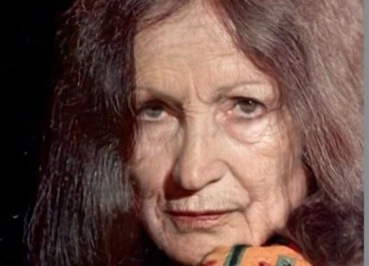 Моделированный образ Софии Ротару. Кадры программы НТВ