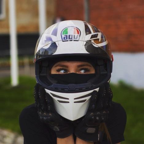motociklistka11