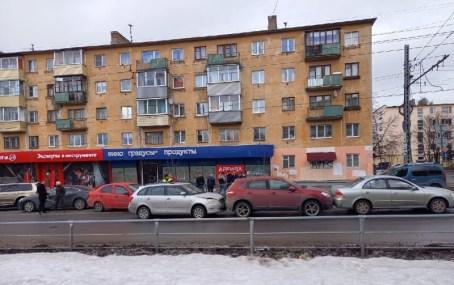 Пять машин столкнулись на ул Мерецкова в Петрозаводске