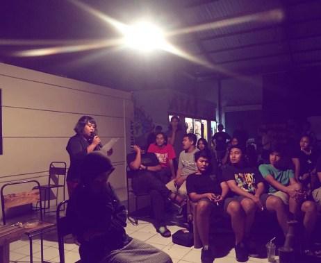 PEREMPUAN MEMBACA KARTINI (Dramatic Reading) 2017, Bonit, sutradara Irawita Gudang Sarinah Ekosistem bekerjasama Teater Perempuan Komunitas Paseban. (foto: @69performanceclub)