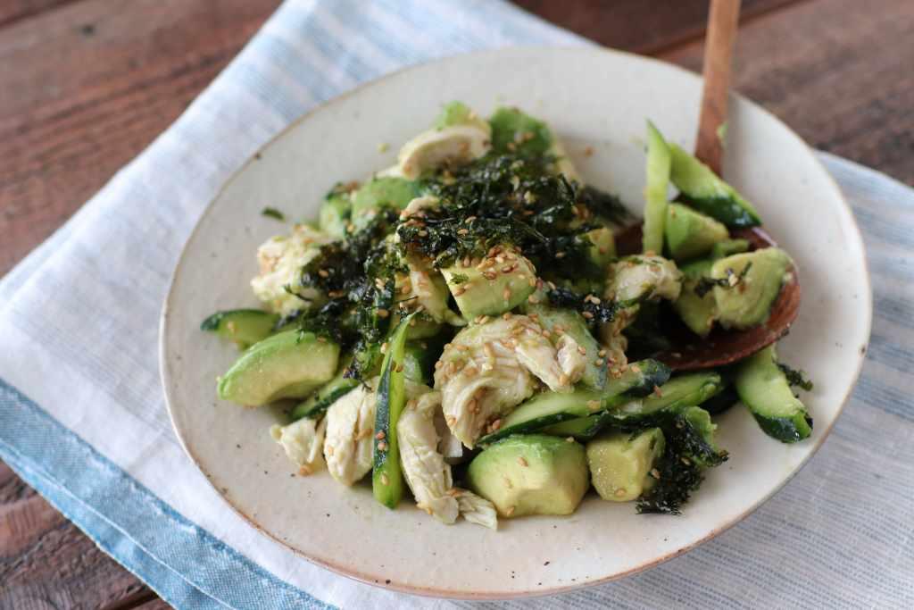 【レシピ】めんつゆで簡単!アボカドと鶏ささみのナムル