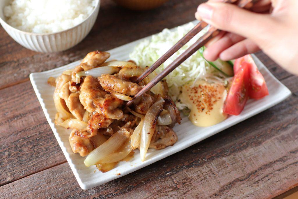 【レシピ】うまっ!豚たまねぎの生姜焼き