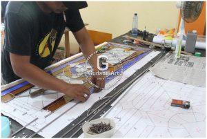 Alat Dan Bahan Kaca Patri Yang Dibutuhkan Untuk Membuat Kaca Patri