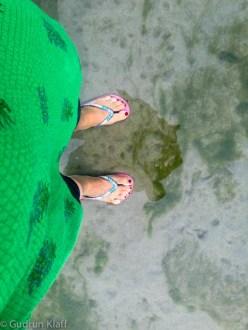 Meine Füsse im Heiligen Ganges