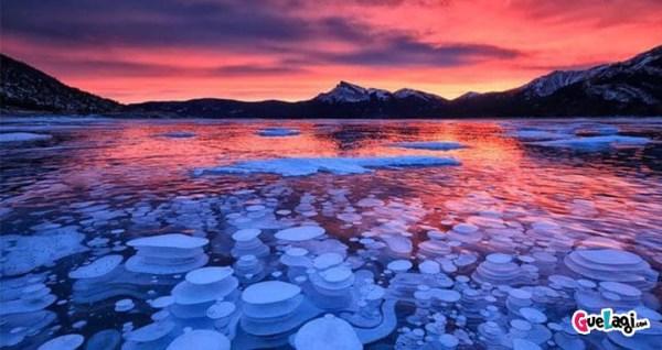 fenomena alam danau abraham