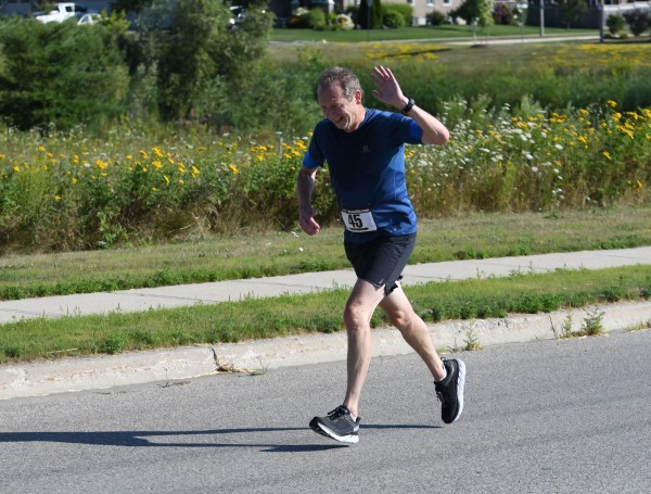 Photos: Fergus Highland Games 10K