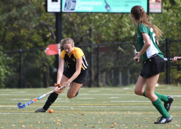 Photos: Guelph CVI-Centre Wellington girls' field hockey