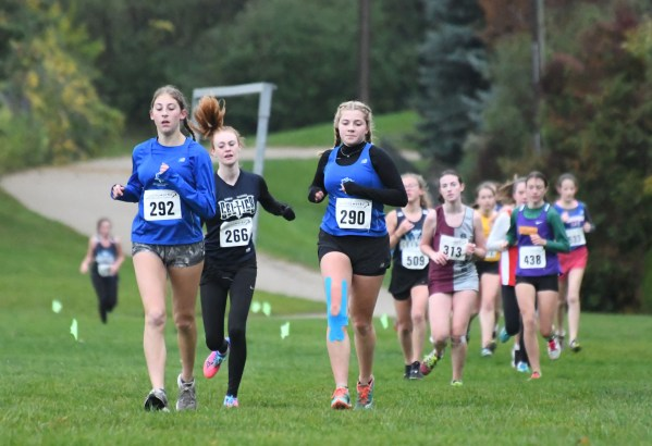 Photos: District 4/10 junior cross country