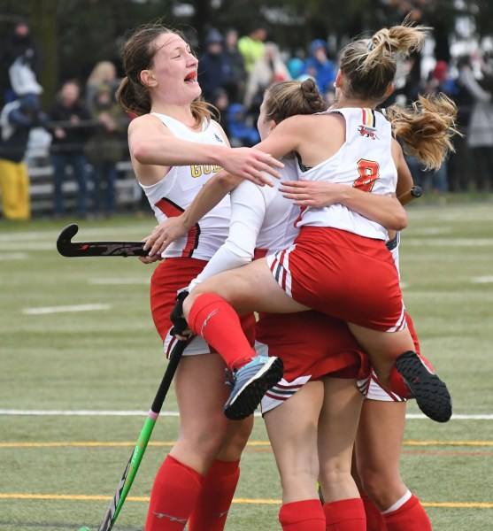 Photos: Guelph Gryphons-Toronto field hockey final
