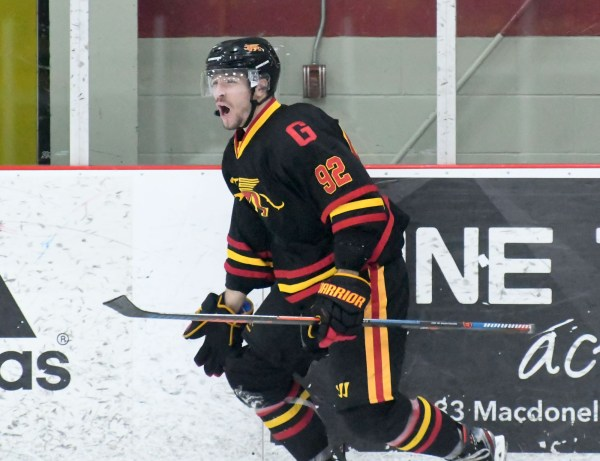 Photos: Guelph Gryphons-Lakehead men's hockey