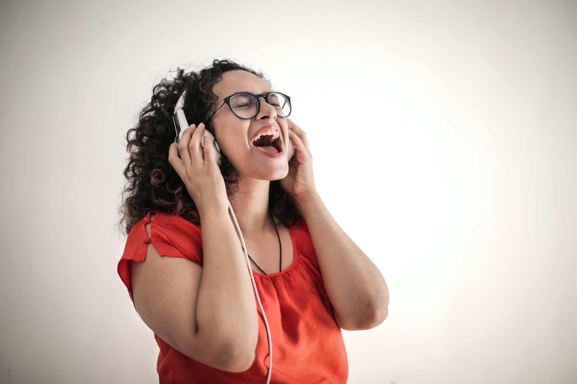 Chant boule gorge crise d'angoisse  symptômes