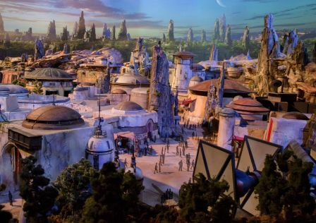 star wars land modello d23 disney galaxy's edge