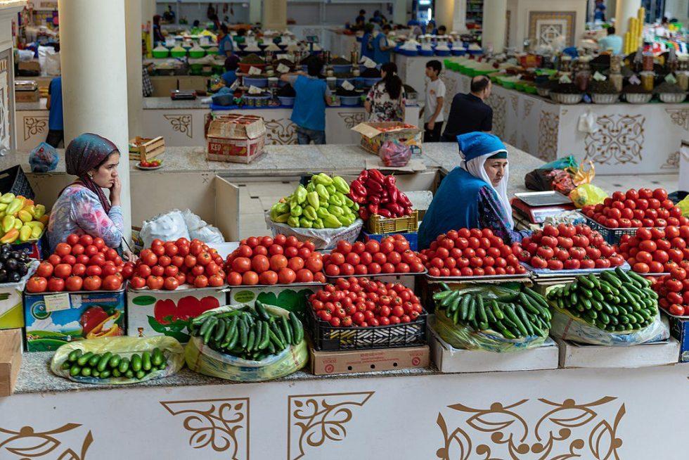 Dushanbe, Mehrgon Market