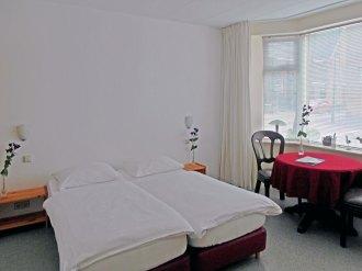 The A.J.M. Steentjes room at bed and breakfast Langeslag Hook of Holland.