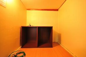 orange-room1-9