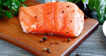 unsafe-foods-nursing-moms-salmon-2160x1200