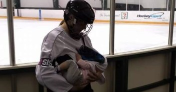 hockey-mom2