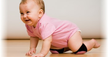 baby-development-stages-8-to-12-months-crawling-baby