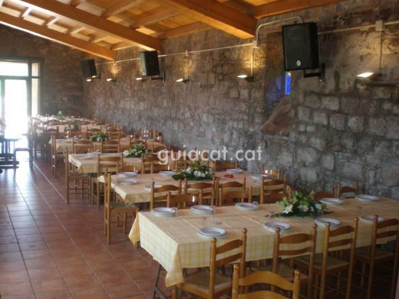 Can Vila Rural Restaurant Arts