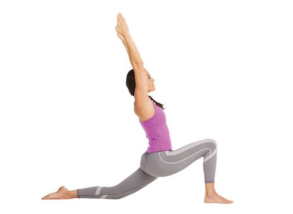 guia-da-alma-chacra-base-Muladhara-yoga-Anjaneyasana