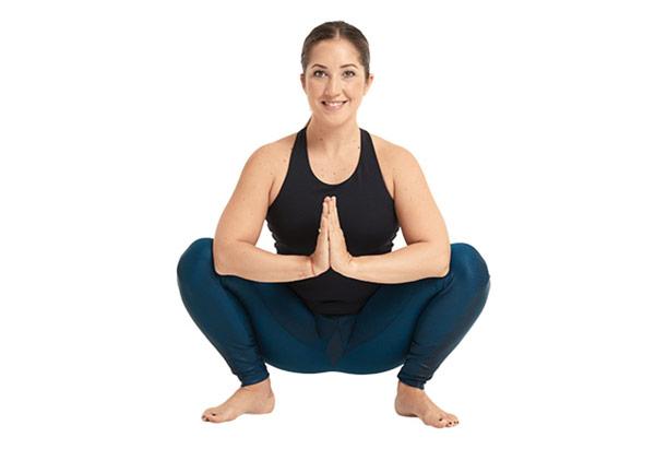 guia-da-alma-chacra-base-Muladhara-yoga-malasana