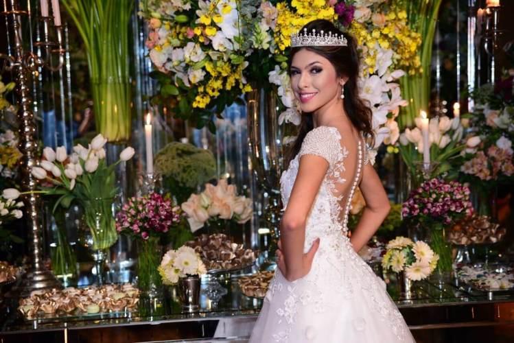 Fernanda-concon-festa-15-anos-vestido-valsa