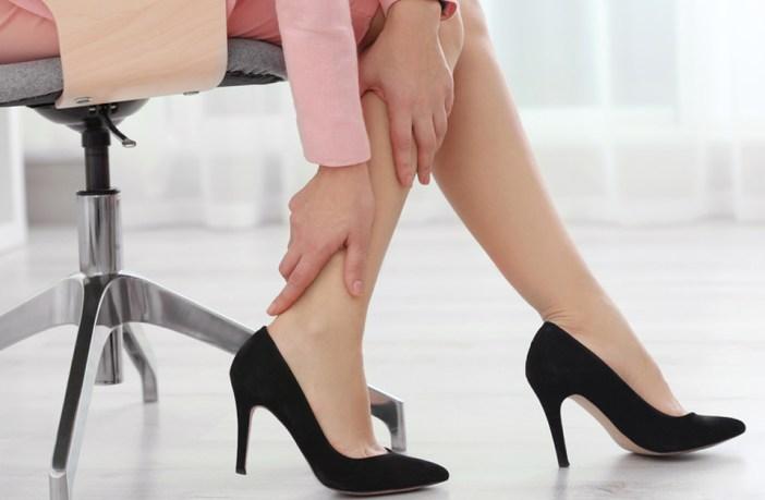 Cama pernas na causa em nas noite dor que queima o à