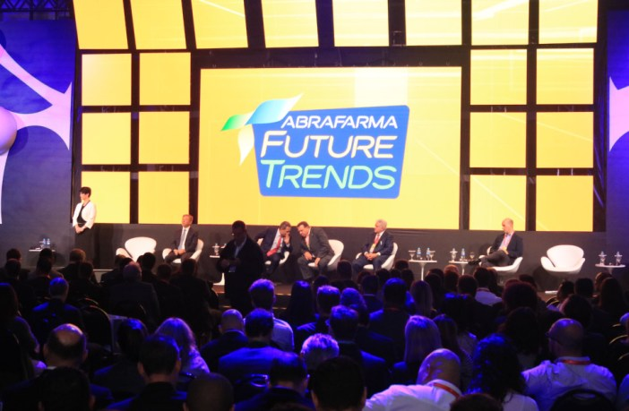 abrafarma-apresenta-dados-ineditos-para-o-futuro-das-redes