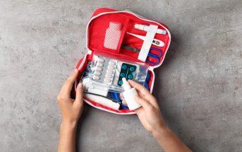 farmaceutica-da-poupafarma-destaca-riscos-de-armazenar-remedios-em-casa