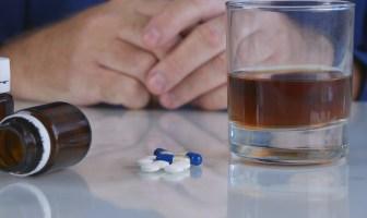 os-perigos-da-ingestão-de-remédios-psiquiátricos-com-álcool