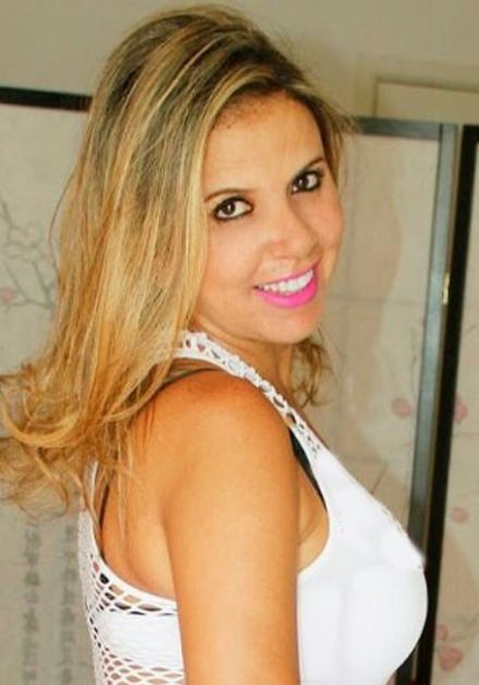 assagista Nina - Jardins- Que Tal uma Massagem Especial -Ligue : (11) 9 8990-8717