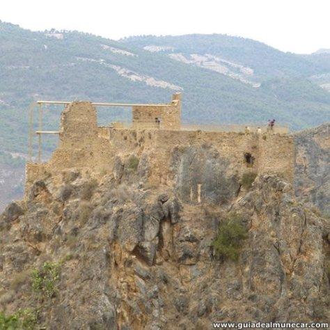 El castillo de los Moros, Alpujarra Granadina.
