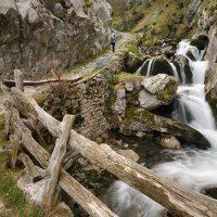 """RUTA LAS FOCES DEL RÍO PINO """"Monumento Natural""""... uno de los más bellos desfiladeros de Asturias"""