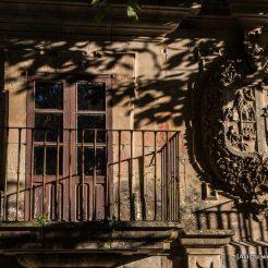 Escudo-Palacio-Mon-Oscos-Eo viajablog